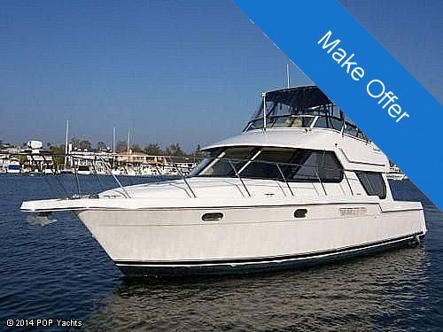 Used Carver 374 Voyager Cruiser Boat For Sale