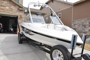 Used Tige 20V Ski and Wakeboard Boat For Sale