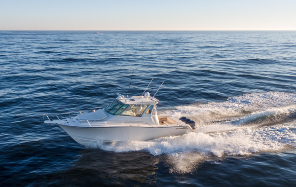 Used Gradywhite Express 370 Saltwater Fishing Boat For Sale