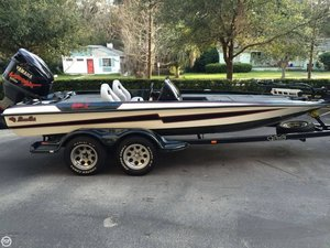 Used Bass Cat 19 Panterra II Bass Boat For Sale