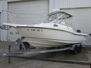 Used Boston Whaler 235 Conquest Sports Fishing Boat For Sale