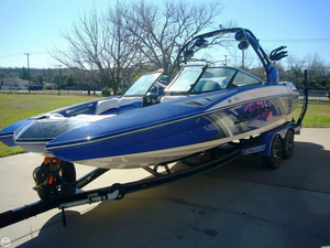 Used Supra SA400 Ski and Wakeboard Boat For Sale