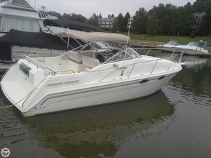 Used Thompson Santa Cruz 2700 Express Cruiser Boat For Sale