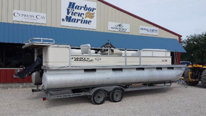 Used Sun Tracker Pontoon Boat For Sale