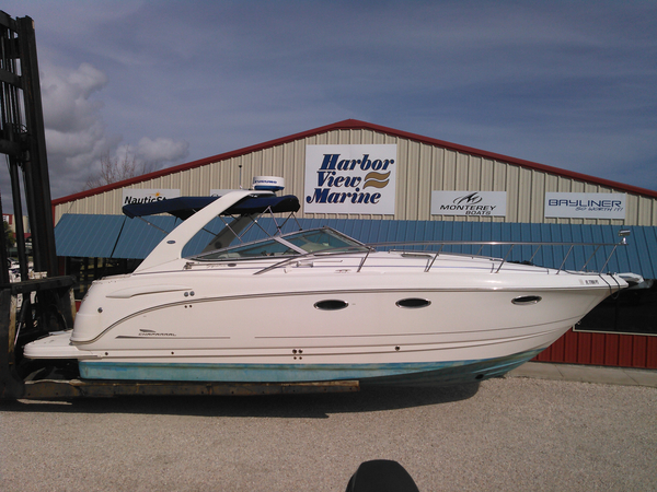 New Chaparral Signature 320 Cruiser Boat For Sale