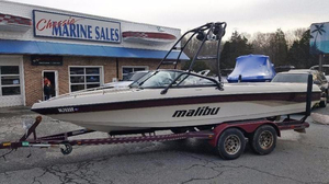 Used Malibu Boats Sunsetter LXi Ski and Wakeboard Boat For Sale