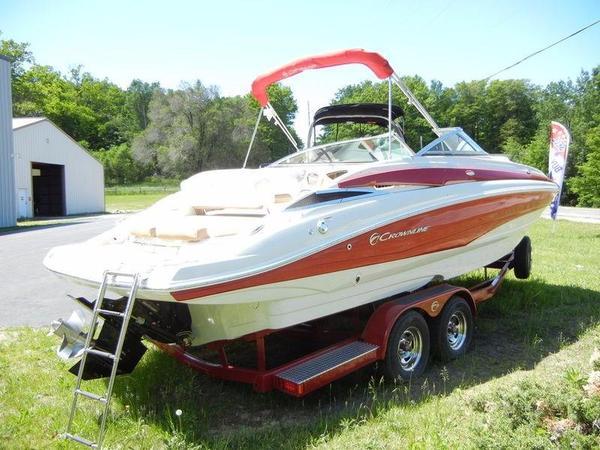New Crownline E4 Bowrider Boat For Sale