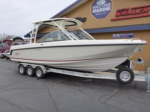 New Boston Whaler 270 Vantage Center Console Fishing Boat For Sale