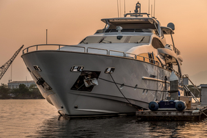 Used Azimut 105 Mega Yacht For Sale