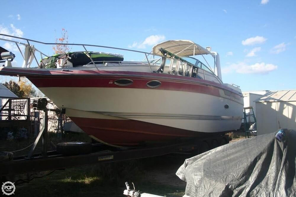 Used Regal Commodore 280 Express Cruiser Boat For Sale