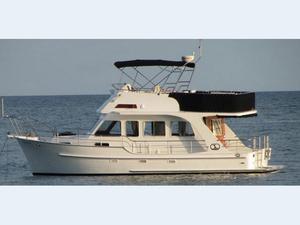Used Integrity 360 Flybridge Boat For Sale