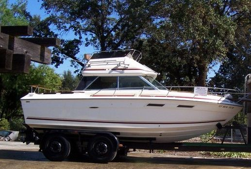 Used Sea Ray 270 SRV Walkaround Fishing Boat For Sale