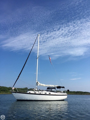 Used Endeavour 37 Sloop Sailboat For Sale