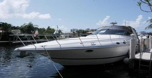 Used Cruisers Yachts 3870 Express Motor Yacht For Sale