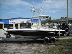 Used Young Boats 24 Center Console Center Console Fishing Boat For Sale