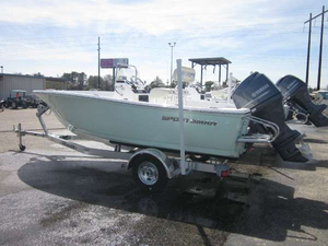 New Sportsman Boats 17 Island Reef Center Console Fishing Boat For Sale