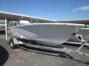 New Sportsman Boats 19 ISLAND REEF Center Console Fishing Boat For Sale