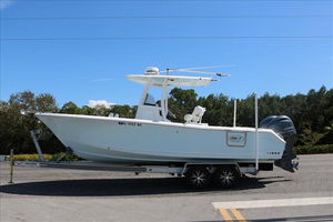 Used Sea Hunt 25 Center Console Fishing Boat For Sale