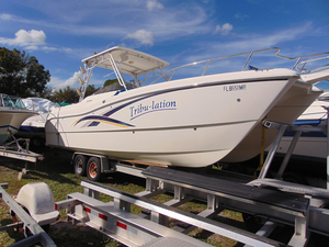 Used World Cat 270 SD Power Catamaran Boat For Sale