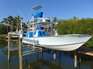 Used Sea Vee 28 Center Console Fishing Boat For Sale