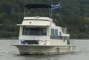 Used Harbor-Master 47 House Boat For Sale
