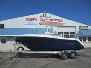 New Robalo R222ES Center Console Fishing Boat For Sale