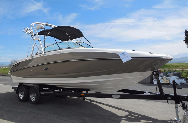 Used Sea Ray 240 Sundeck Deck Boat For Sale