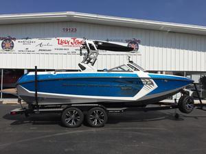 New Nautique Ski and Wakeboard Boat Ski and Wakeboard Boat For Sale