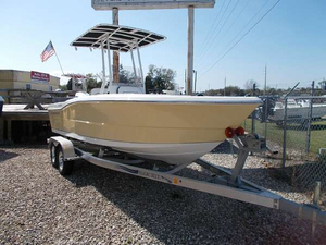 New Clearwater 2000CC Center Console Fishing Boat For Sale