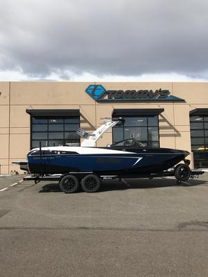 Used Malibu 23LSV Ski and Wakeboard Boat For Sale