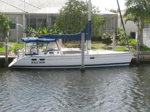 Used Hunter Legend 40.5 Center Cockpit Sailboat For Sale