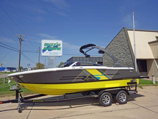 New Four Winns H230RSH230RS Bowrider Boat For Sale