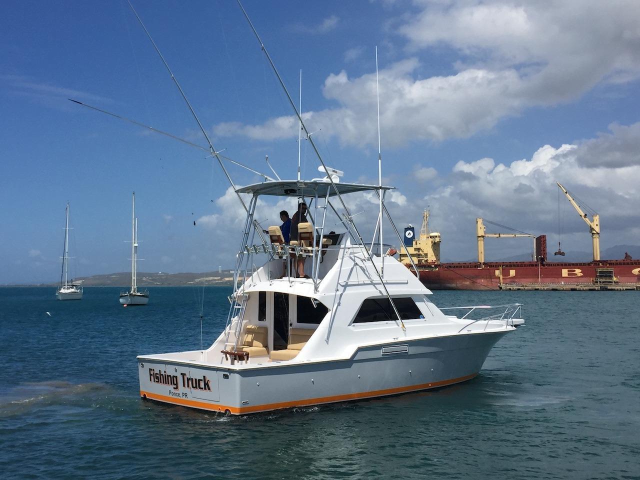 1989 used bertram 37 convertible saltwater fishing boat for Saltwater fishing boats for sale