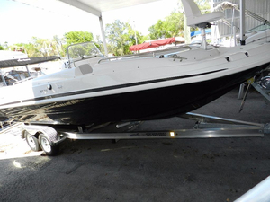 New Hurricane SunDeck Sport 231 OB Deck Boat For Sale