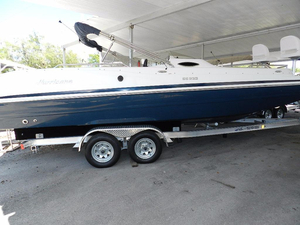 New Hurricane SunDeck Sport 232 OB Deck Boat For Sale