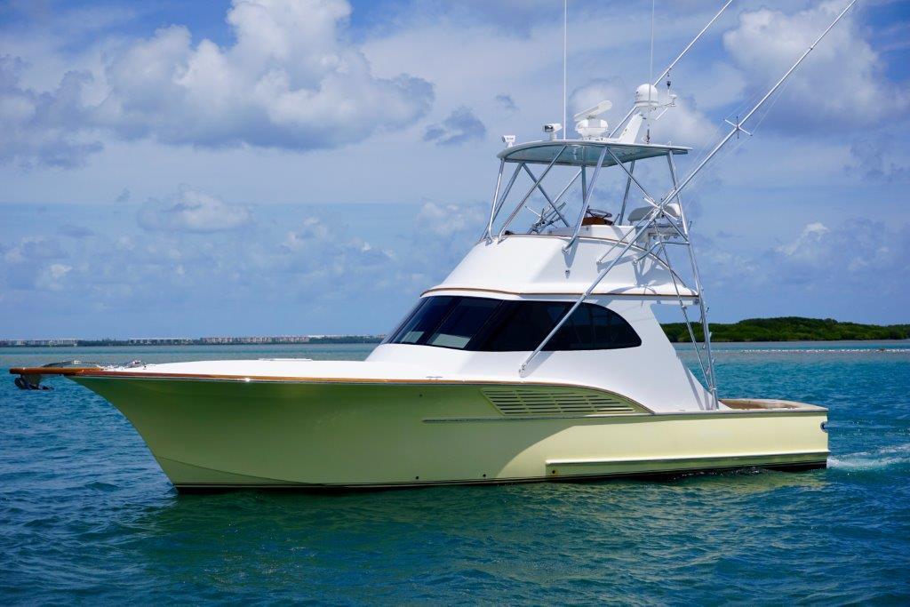 2009 used calyber custom carolina sports fishing boat for