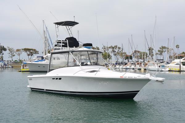 Used Luhrs 29 Open Dive Boat For Sale