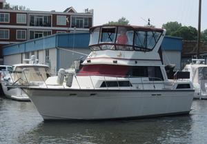 Used Marinette Double Cabin Motoryacht Aft Cabin Boat For Sale