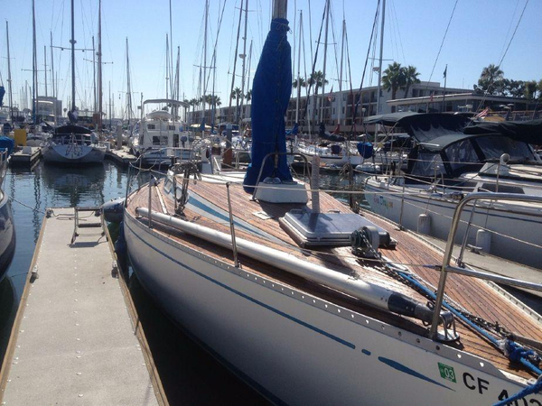 Used Swan 371 Racer and Cruiser Sailboat For Sale