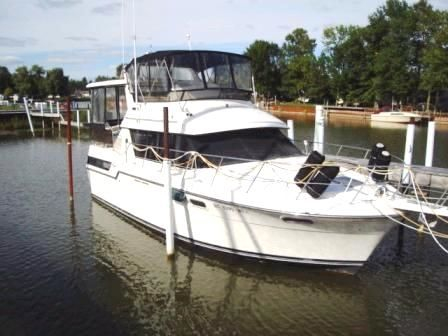 Used Carver 3807 Aft Cabin Motor Yacht For Sale