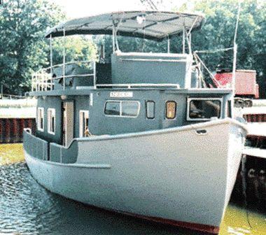 Used Custom Trawler Hull Houseboat Motor Yacht For Sale