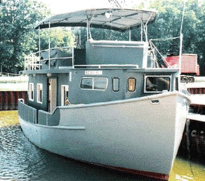 Used Custom Trawler Hull Houseboat Motor Yacht For Sale