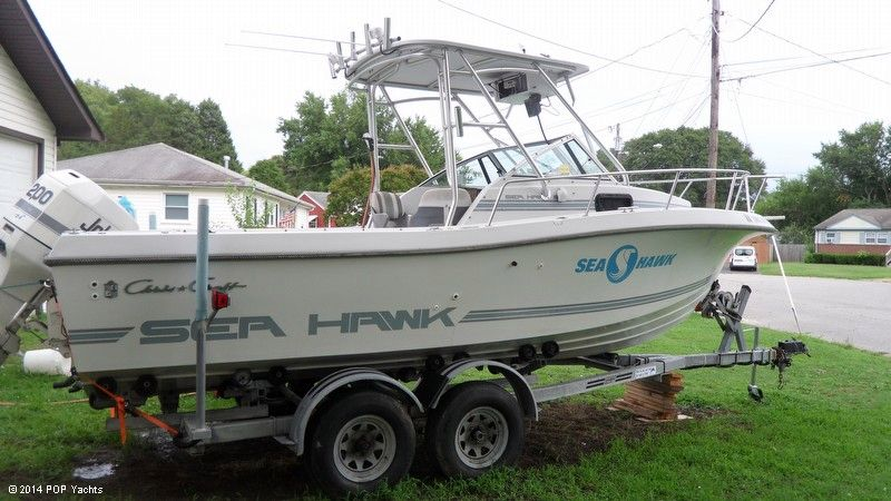 1988 used chris craft 21 seahawk walkaround fishing boat for Seahawk boat paint