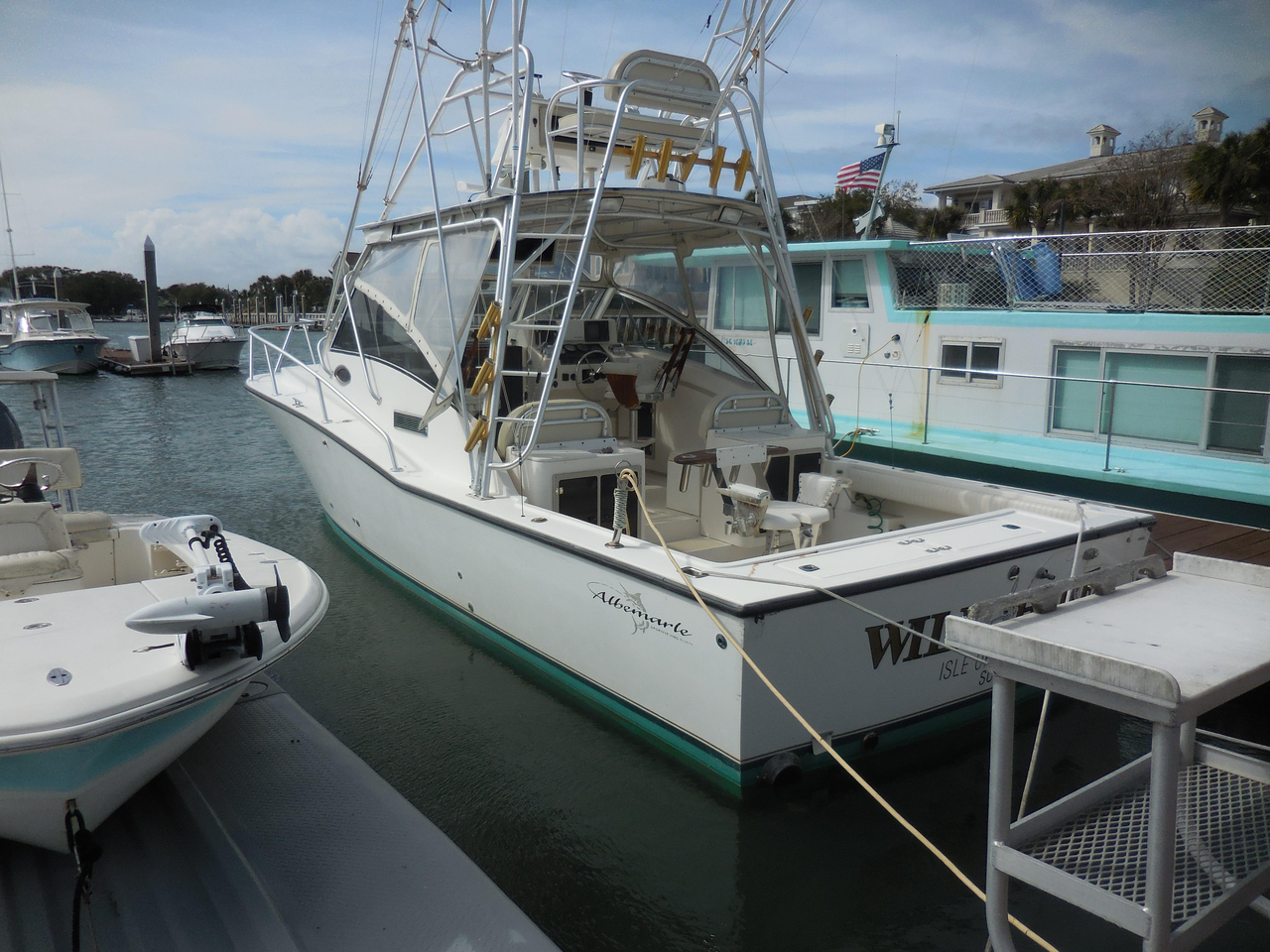 1998 used albemarle 320 express fisherman sports fishing for Express fishing boats for sale