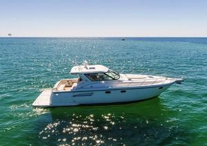 Used Tiara 4400 Sovran Sports Cruiser Boat For Sale