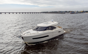 Used Carver C37 Motor Yacht For Sale