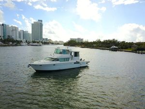 Used Carver 500 Motor Yacht For Sale