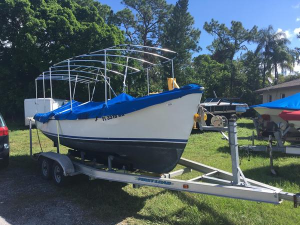Used Duffy Electric Antique and Classic Boat For Sale