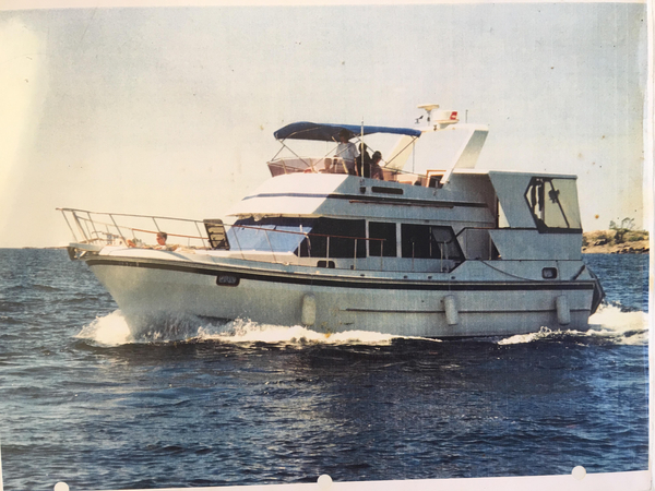 Used Oceania 42 Sundeck Motoryacht Aft Cabin Boat For Sale