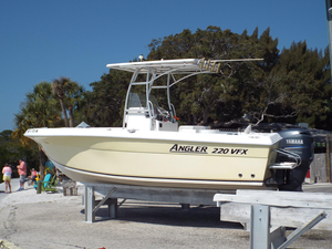 Used Angler 220 VFX High Performance Boat For Sale
